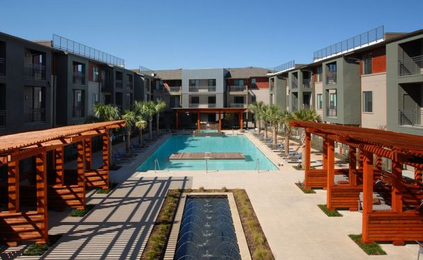 Avery Dallas Apartments Near Smu Student Living